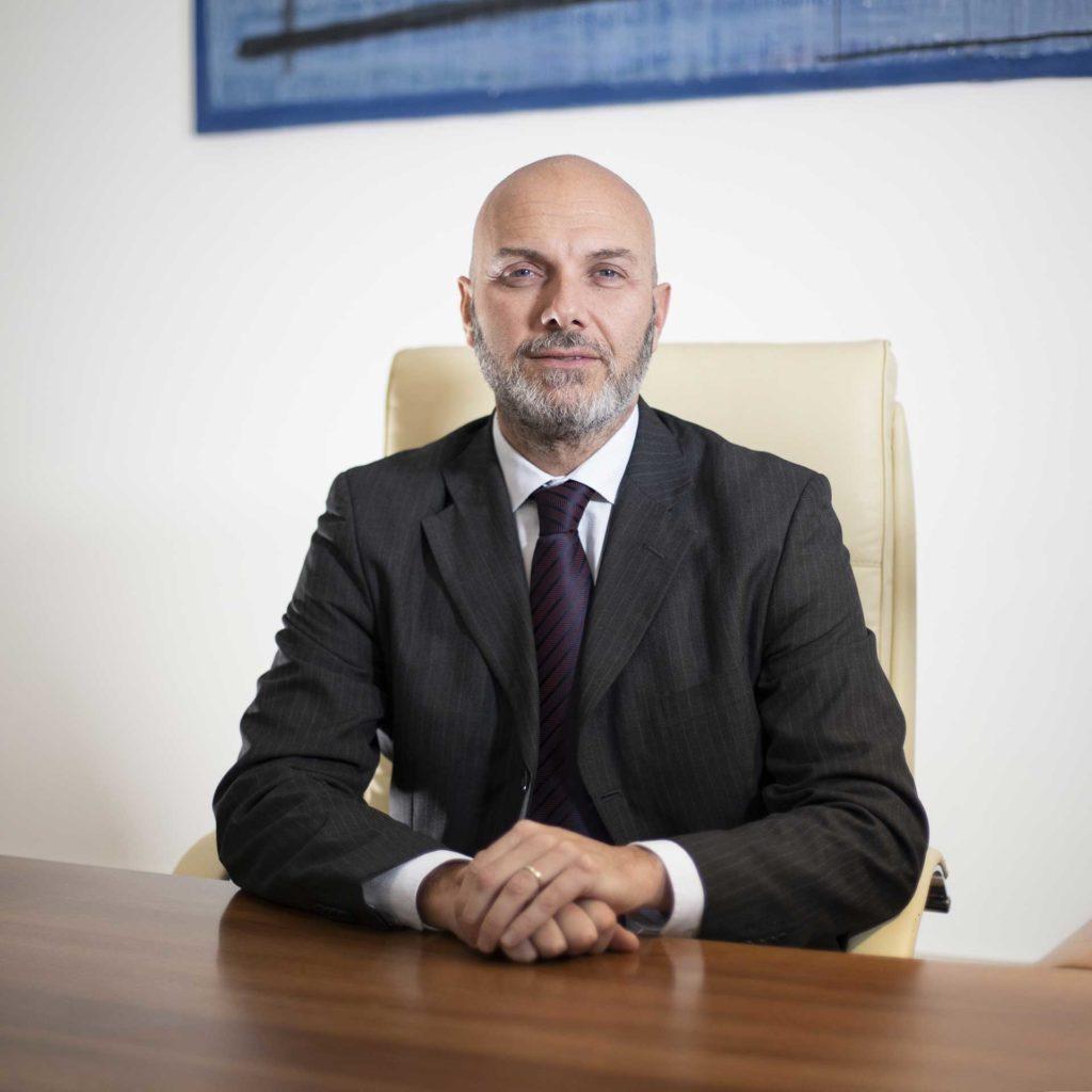 Avvocato Ezio Lucchetti